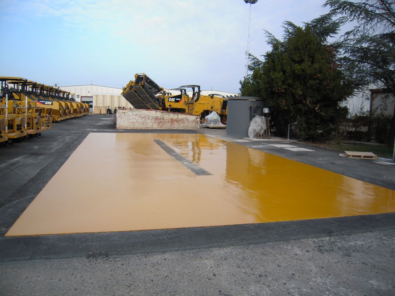 Rivestimento poliuretanico a protezione anticorrosivo - Pavimenti in resina da esterno ...